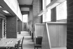 Phillips_Exeter_Academy_library_carrels_2